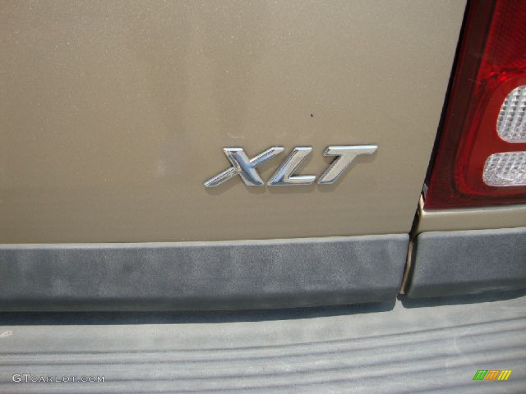 2000 Ford Explorer XLT Marks and Logos Photo #50354132