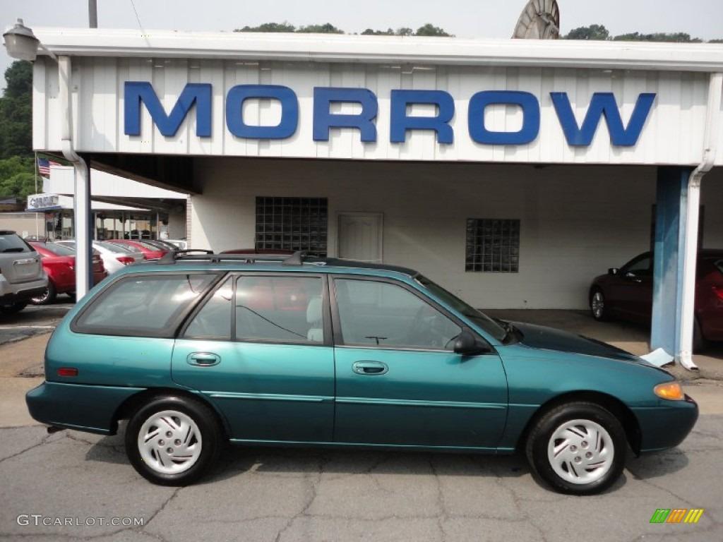 Green ford escort wagon