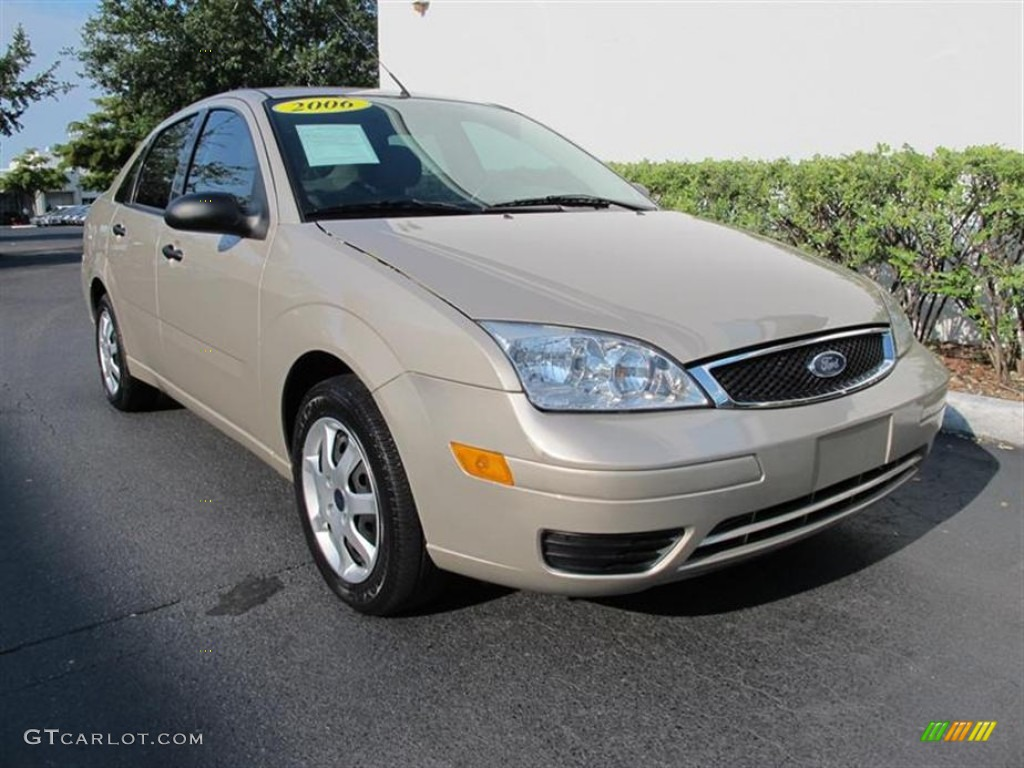 2006 pueblo gold metallic ford focus zx4 ses sedan. Black Bedroom Furniture Sets. Home Design Ideas