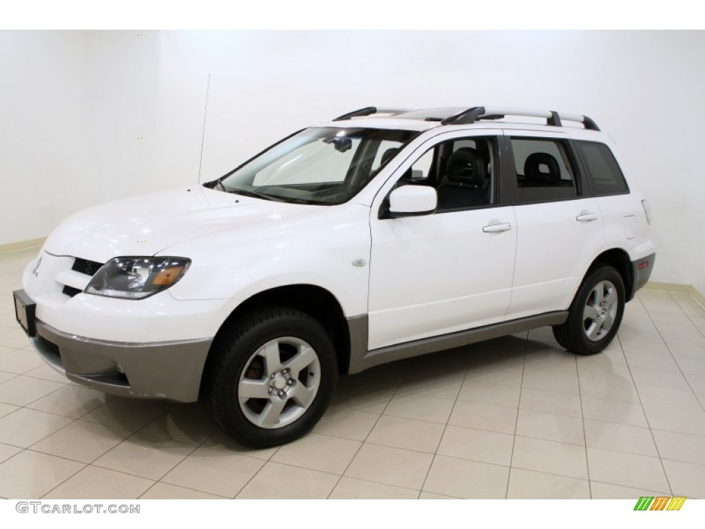Diamond White Pearl 2004 Mitsubishi Outlander XLS AWD Exterior Photo #50381986 | GTCarLot.com