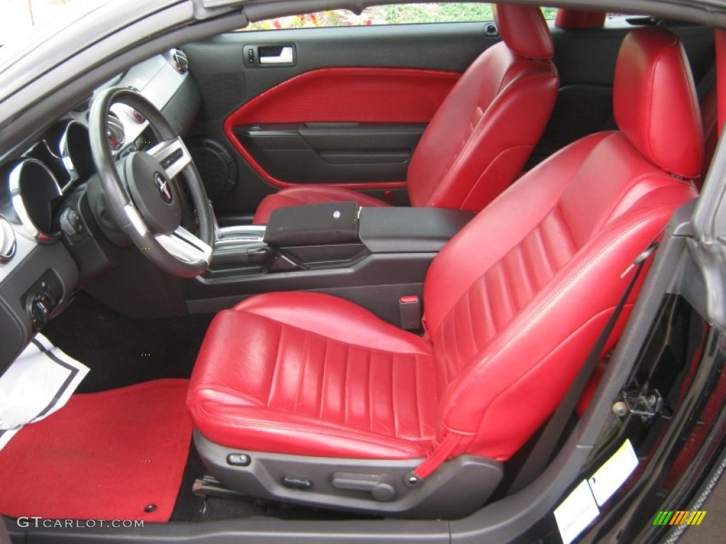 2005 Ford Mustang Leather Seats