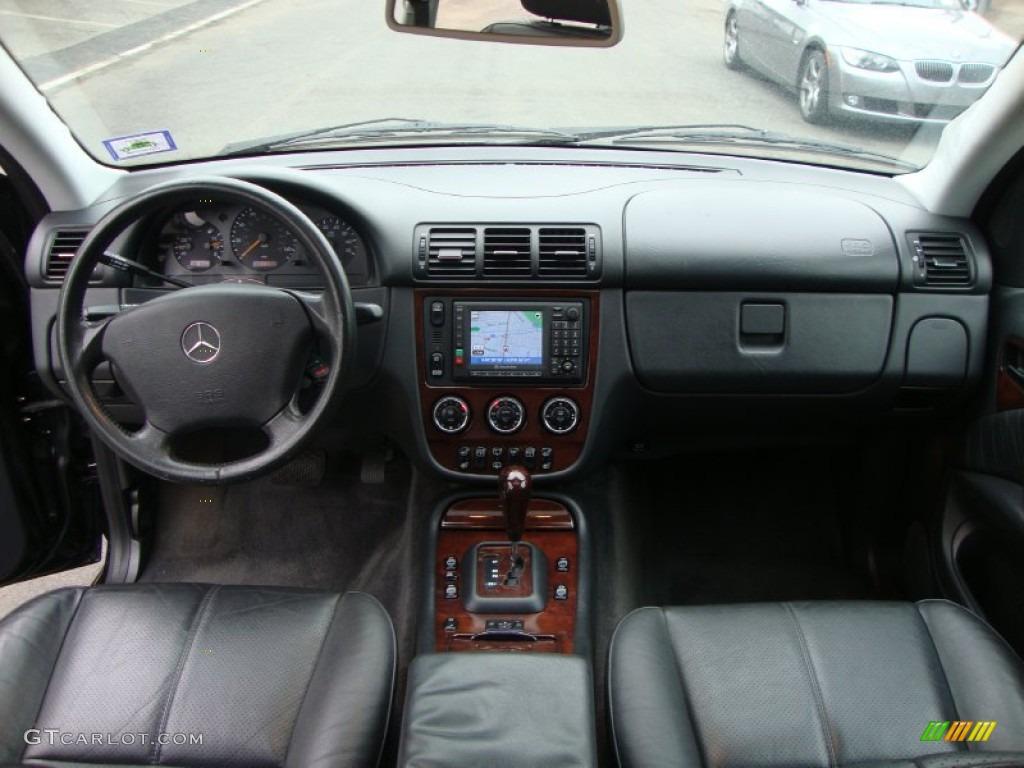2004 mercedes benz ml 500 4matic charcoal dashboard photo for Mercedes benz dashboard