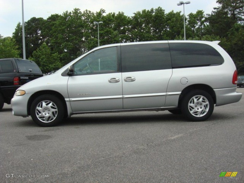 bright silver metallic 2000 dodge grand caravan se exterior photo. Cars Review. Best American Auto & Cars Review