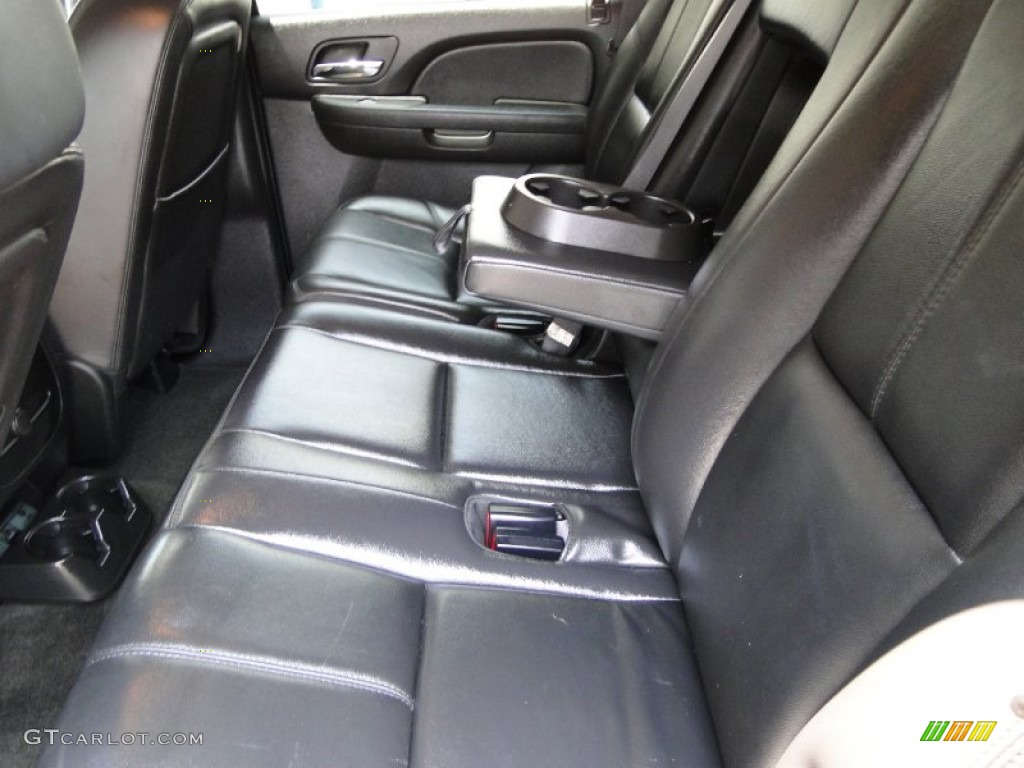 Interior 50470654 on chevy malibu trunk