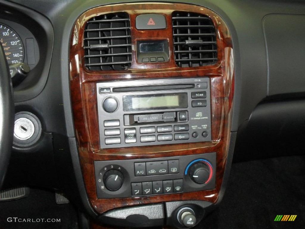 2002 Hyundai Sonata Gls V6 Controls Photo 50602146