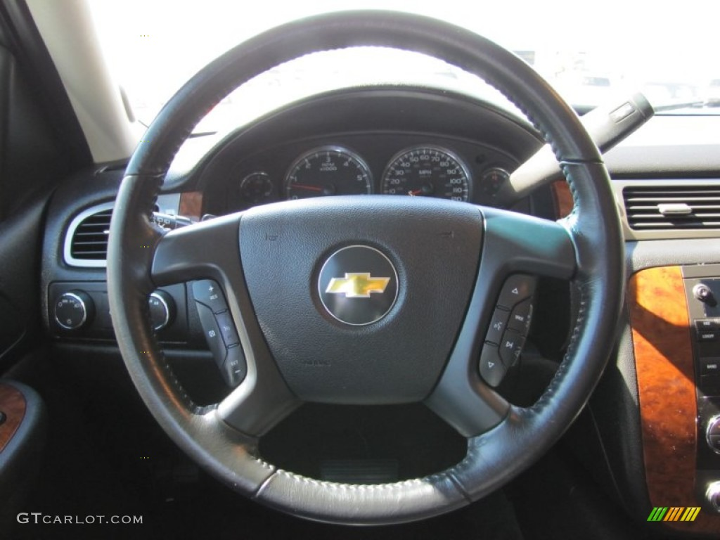2007 chevrolet tahoe lt 4x4 ebony steering wheel photo. Black Bedroom Furniture Sets. Home Design Ideas