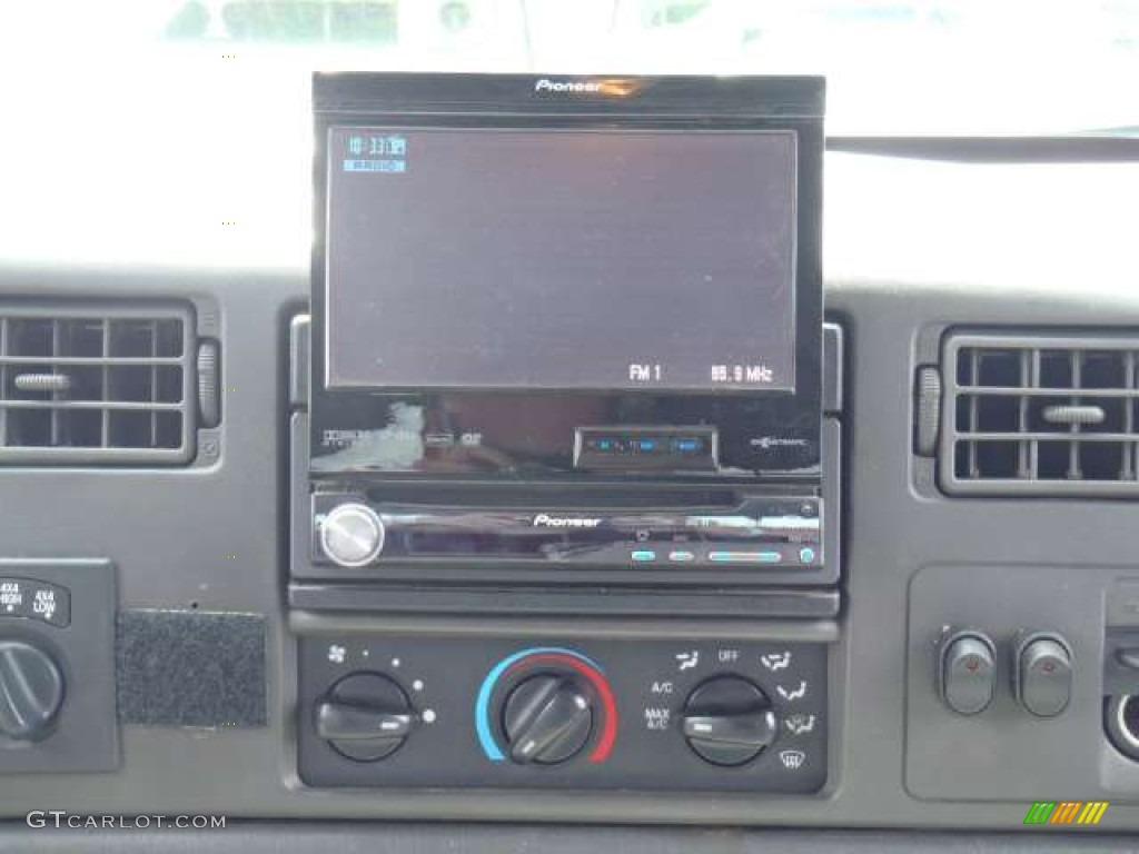 2003 F250 Super Duty XLT Crew Cab 4x4 - Dark Shadow Grey Metallic / Medium Flint Grey photo #12