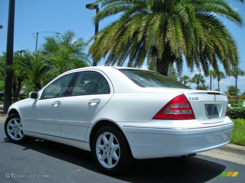 Alabaster white 2003 mercedes benz c 240 sedan exterior for 2003 mercedes benz suv