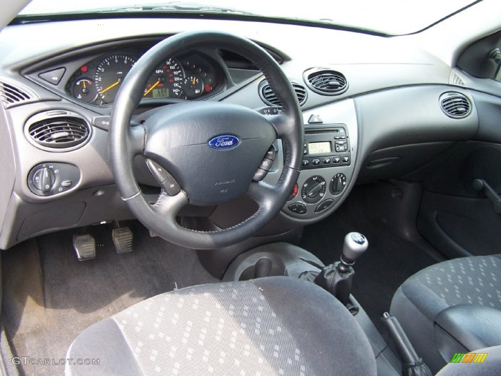 Dark Charcoal Interior 2002 Ford Focus Zx3 Coupe Photo