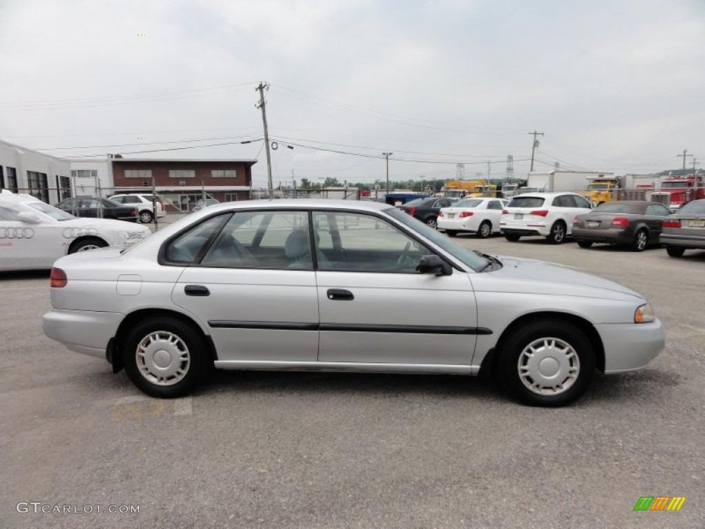 1995 subaru legacy sedan