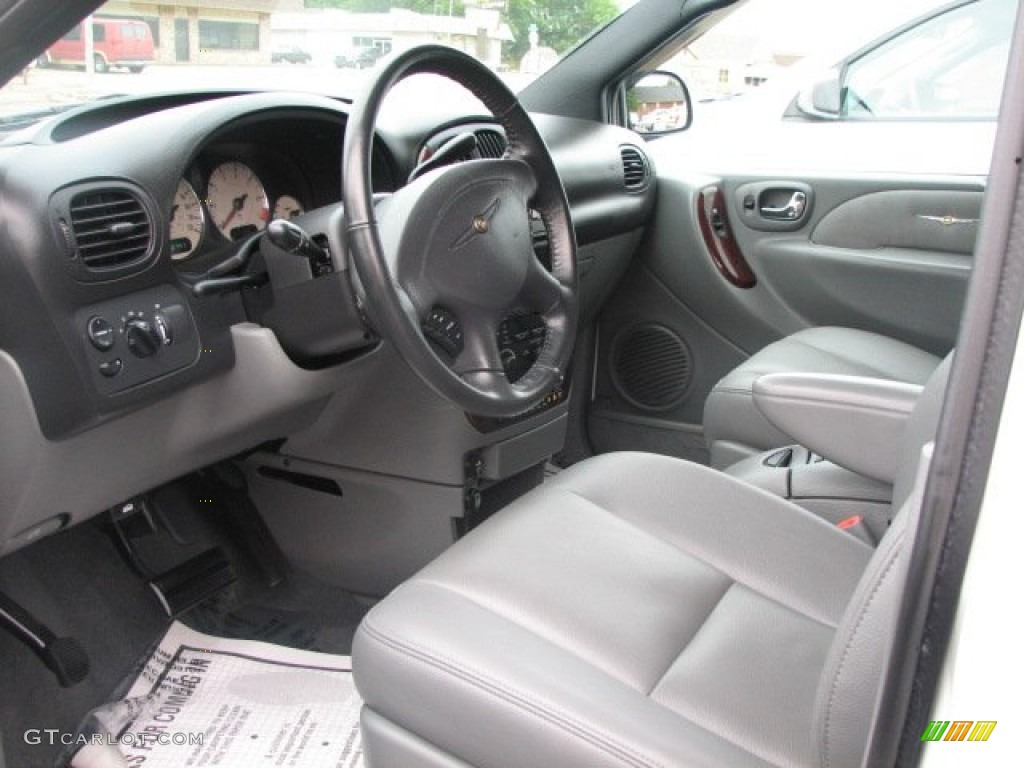 2004 Chrysler Town Country Limited Interior Color Photos