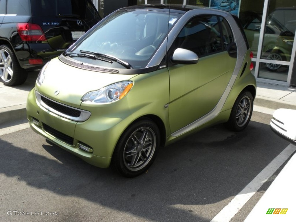 2011 Green Matte Smart Fortwo Passion Coupe 50769019 Gtcarlot