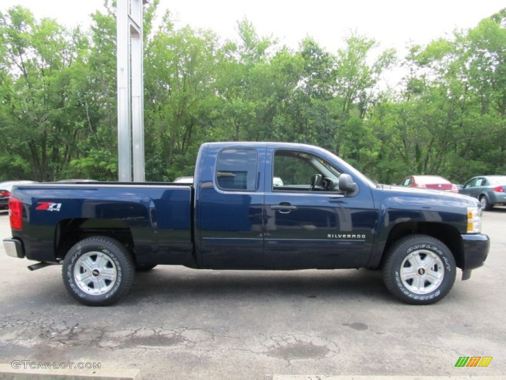 2011 Silverado 1500 LT Extended Cab 4x4 - Imperial Blue Metallic / Light Titanium/Ebony photo #5