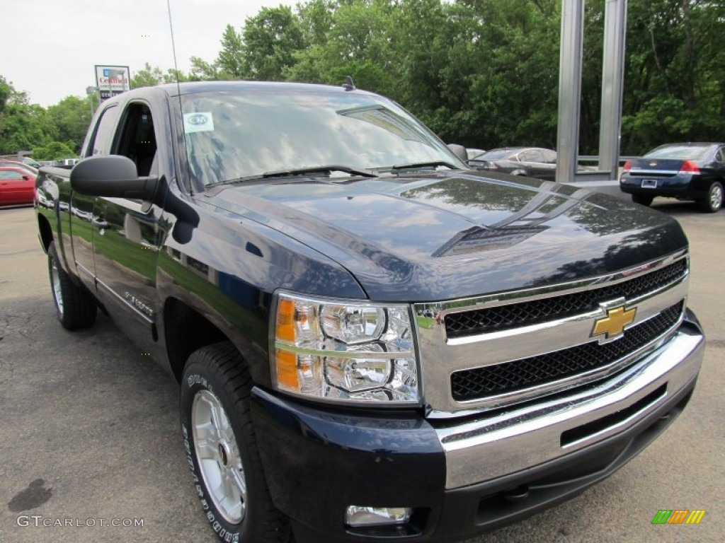 2011 Silverado 1500 LT Extended Cab 4x4 - Imperial Blue Metallic / Light Titanium/Ebony photo #6