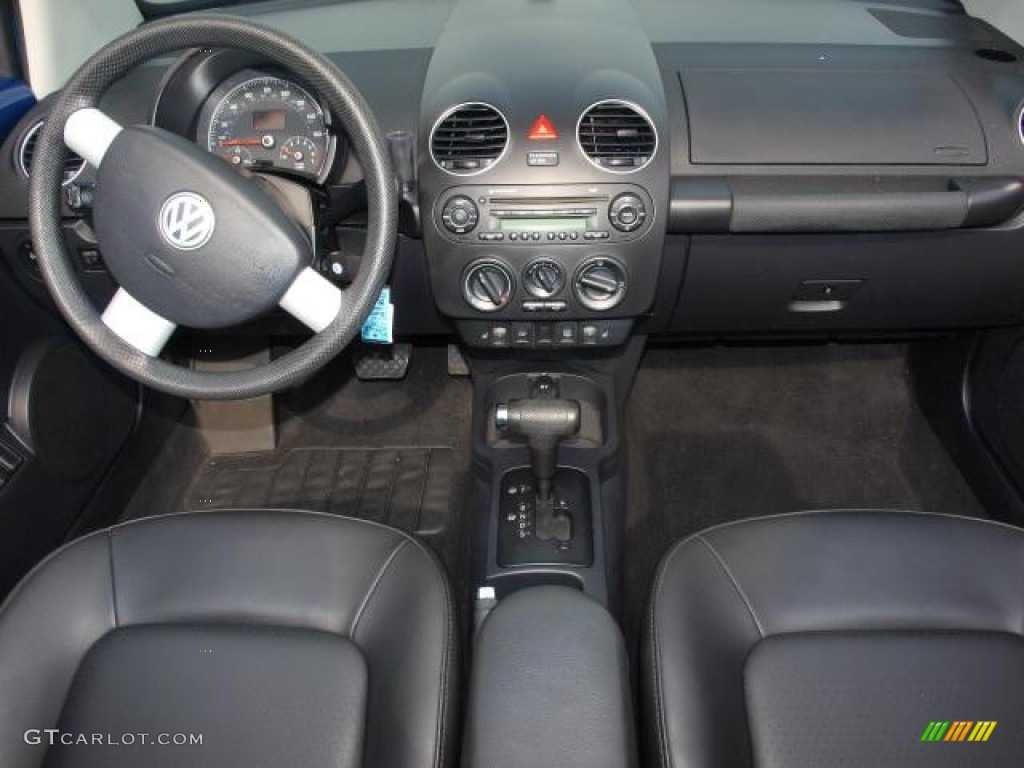 2008 Volkswagen New Beetle S Convertible Black Dashboard Photo 50832876