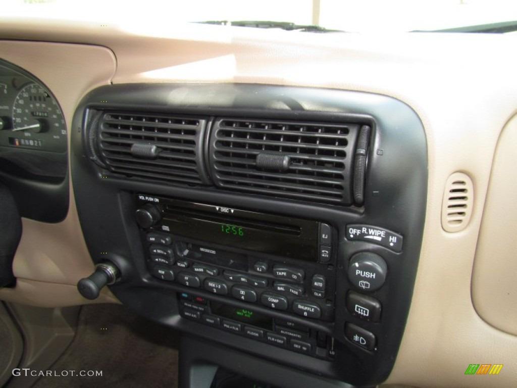 1999 Ford Explorer Eddie Bauer Controls Photo 50837001