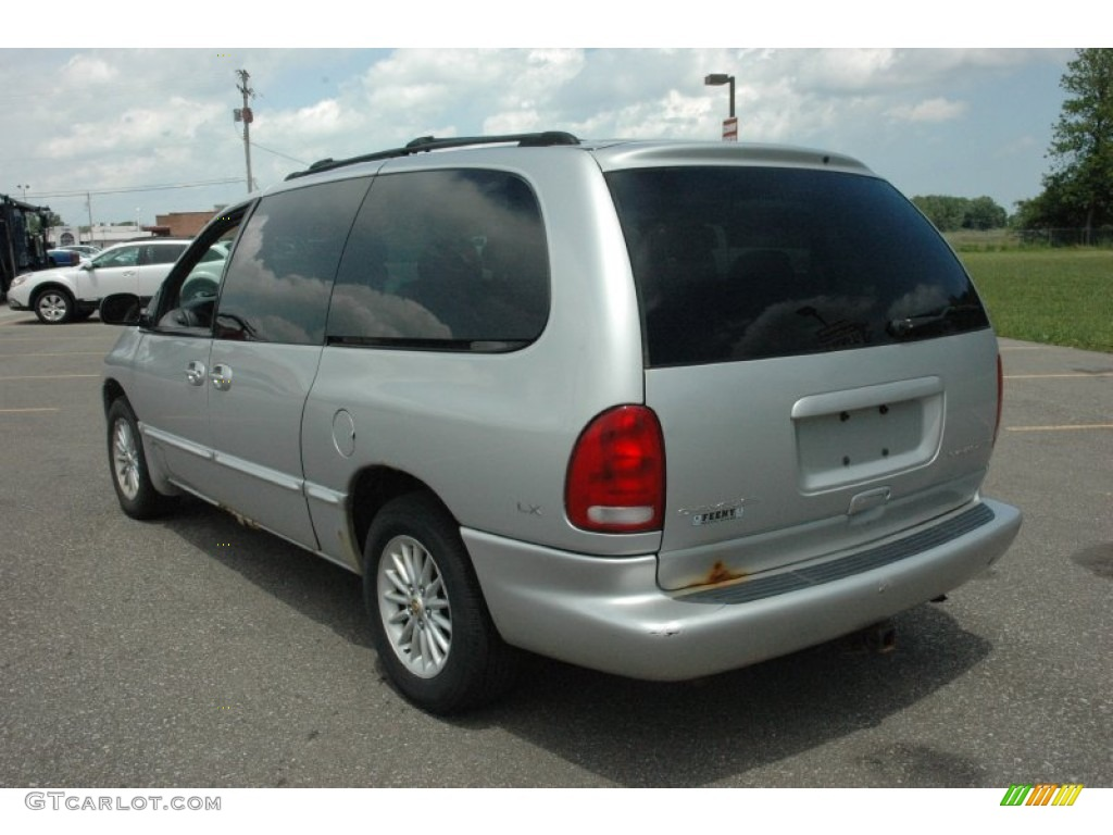 bright silver metallic 2000 chrysler town country lx exterior photo 50838969. Black Bedroom Furniture Sets. Home Design Ideas