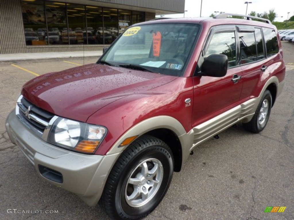 2002 Cambridge Red Pearlescent Mitsubishi Montero Xls 4x4