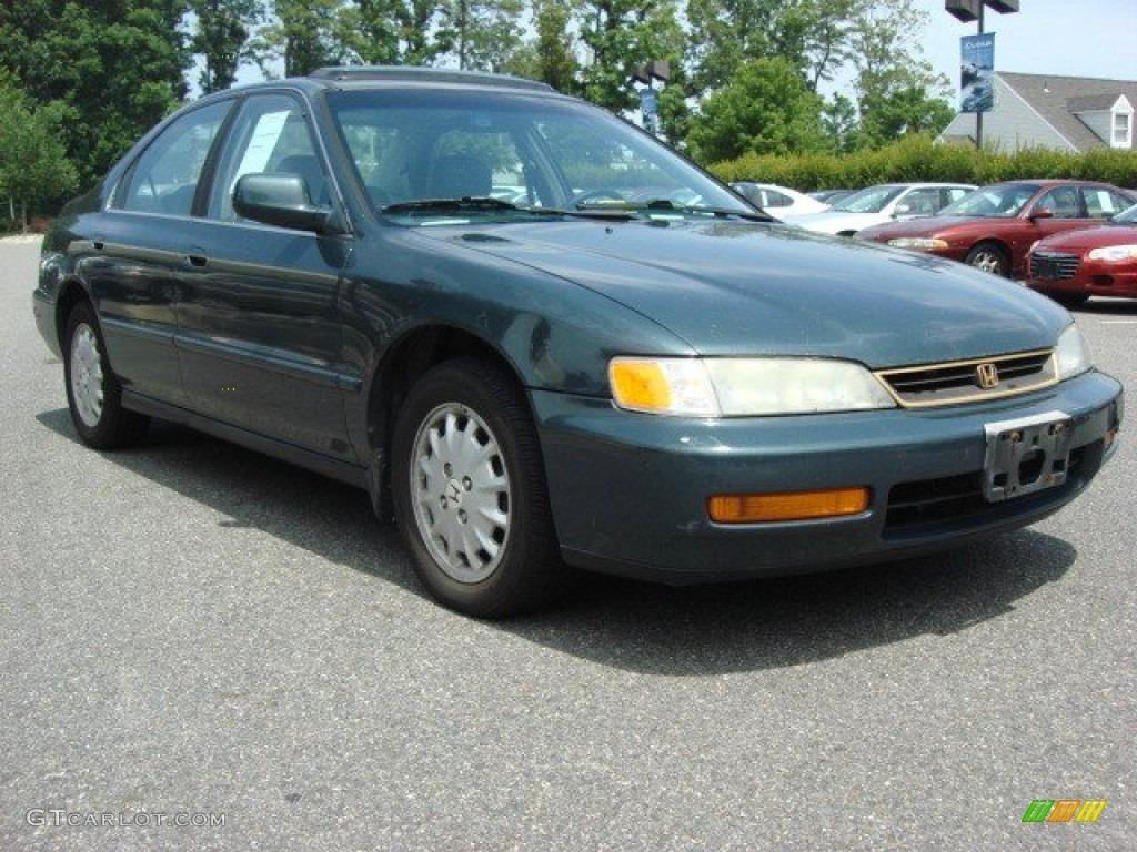 Honda honda accord 1996 : 1996 Dark Eucalyptus Green Pearl Metallic Honda Accord EX Sedan ...