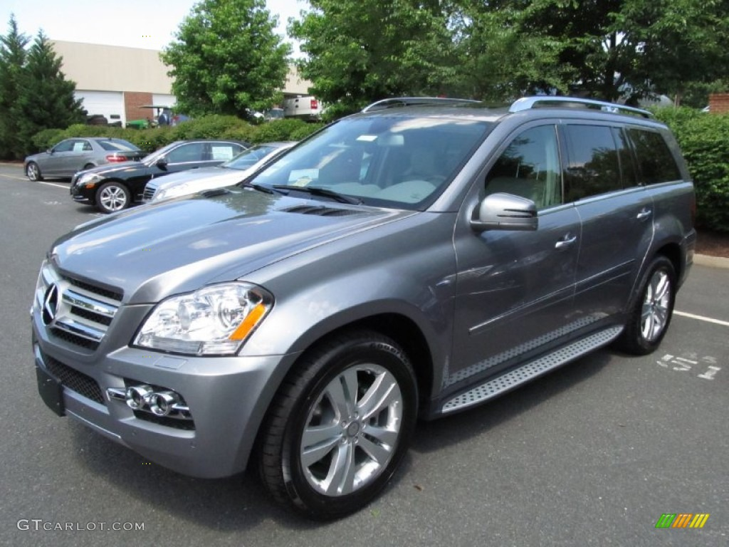 2011 palladium silver metallic mercedes benz gl 350 blutec for Mercedes benz silver