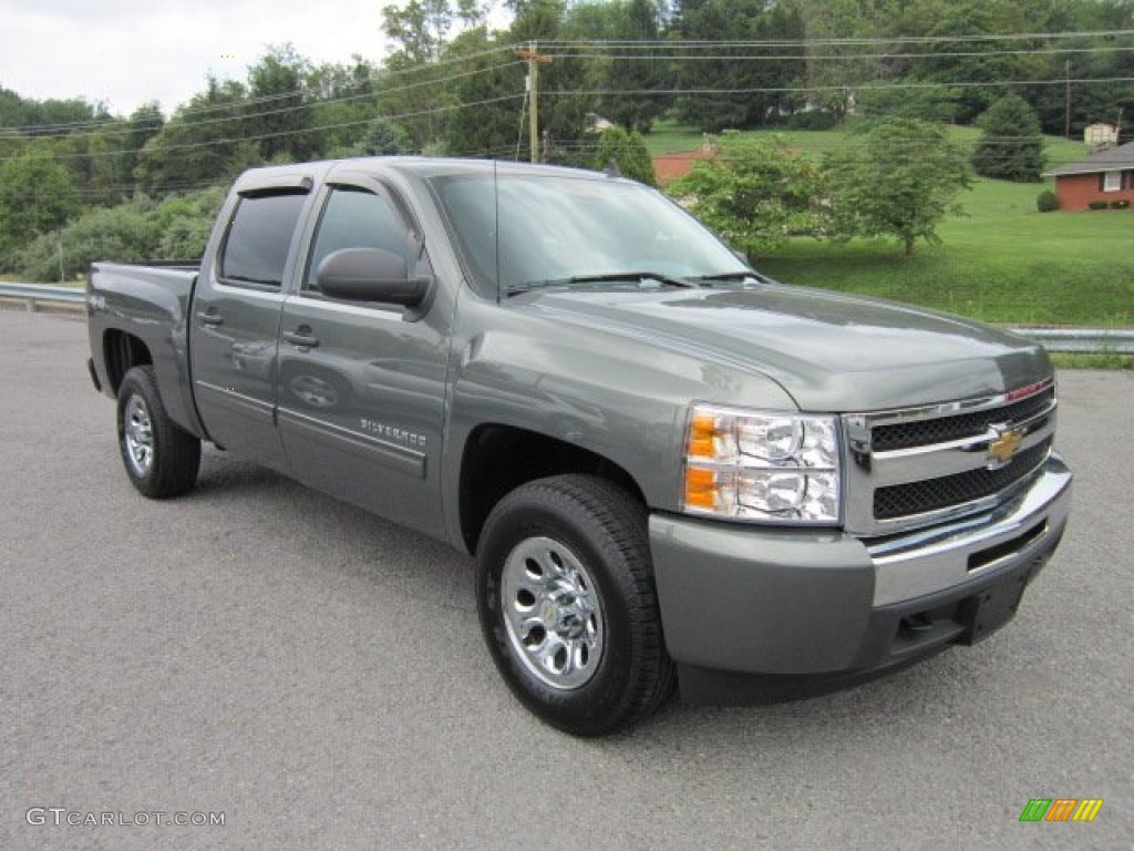 2011 Silverado 1500 LS Crew Cab 4x4 - Steel Green Metallic / Dark Titanium photo #1