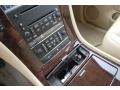 Cocoa/Light Cashmere Controls Photo for 2008 Cadillac Escalade #50946603