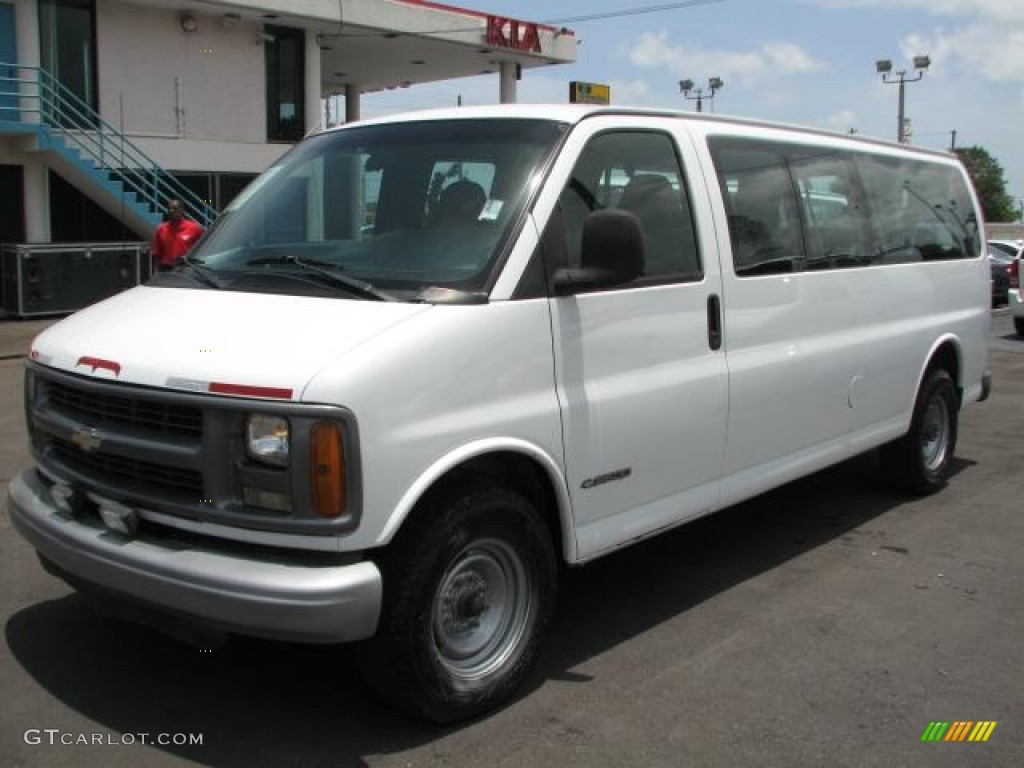 1620697c6e Summit White 2000 Chevrolet Express G3500 15 Passenger Van Exterior Photo   50985708
