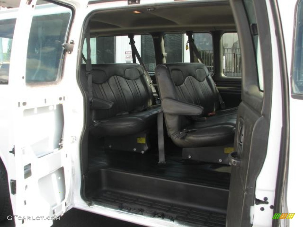 Medium gray interior 2001 chevrolet express 3500 ls extended passenger van photo 50986104