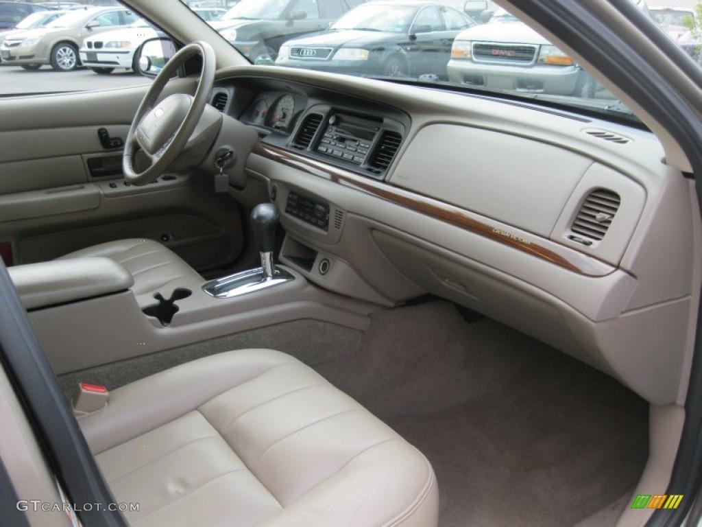 Medium Parchment Interior 2004 Ford Crown Victoria Lx Photo 51005611