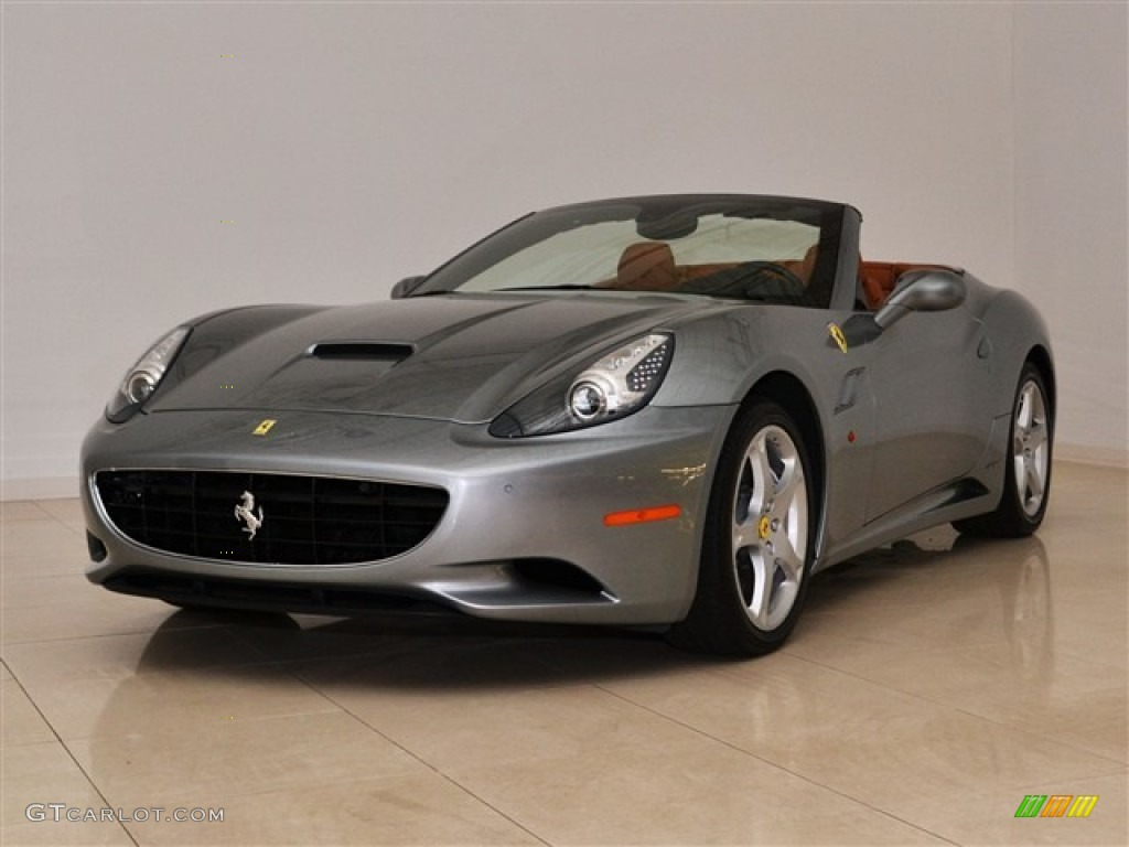 ferrari california grigio silverstone html with 50997583 2 on 65137587 20 moreover Detail 2017 Ferrari California t Convertible Used 17780618 as well Ferrari Ff Entirely New Gt Sports Car in addition 57416524 as well 33081007 12.