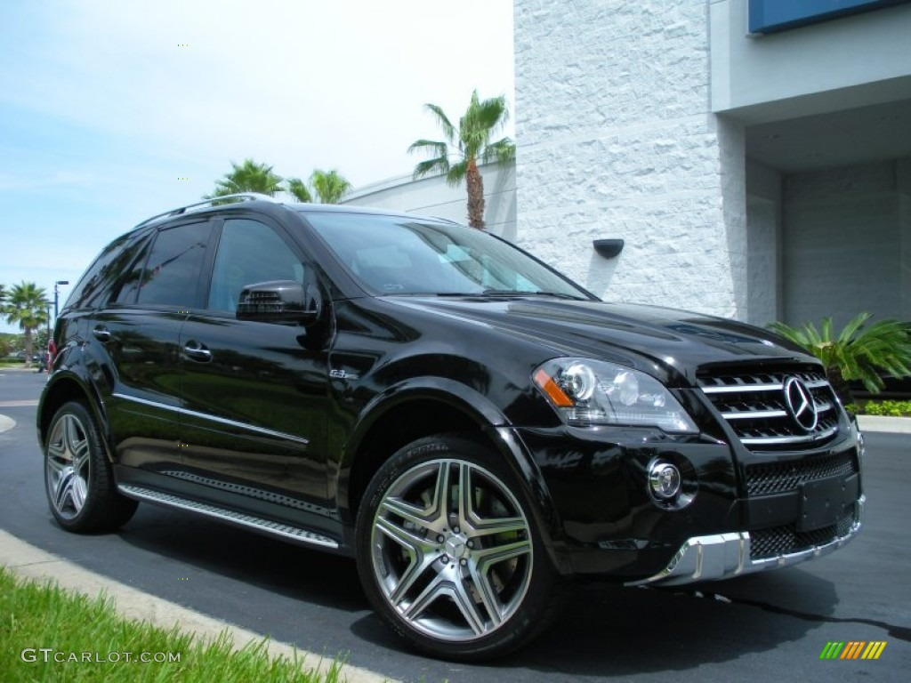 Mercedes benz ml suv review 2013 ml350 cdi bluetec autos for Mercedes benz bluetec suv