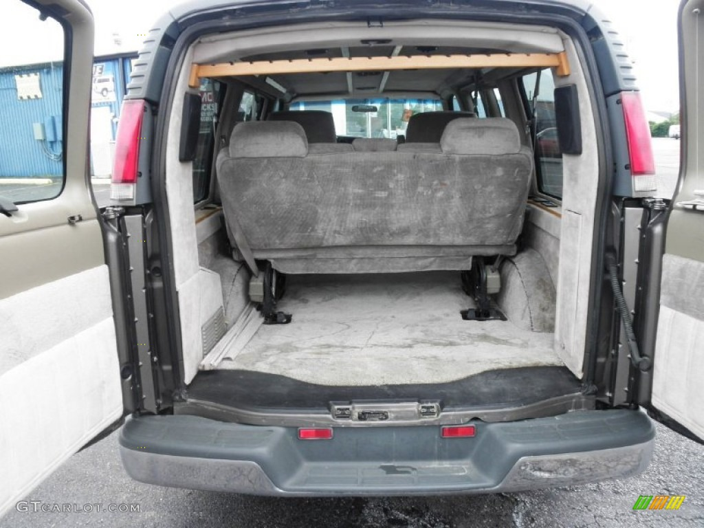 2000 Chevrolet Express G1500 Passenger Conversion Van