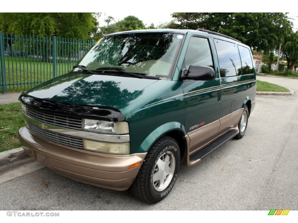 2002 Astro LT AWD - Dark Forest Green Metallic / Neutral photo #1