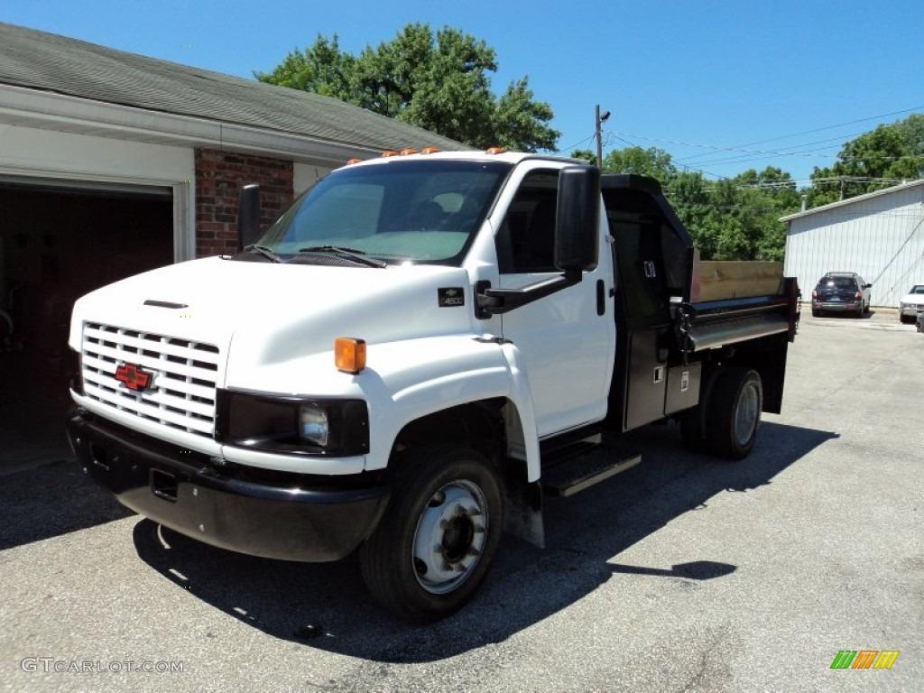 2004 C Series Kodiak C4500 Regular Cab Dump Truck - Summit White / Gray photo #2