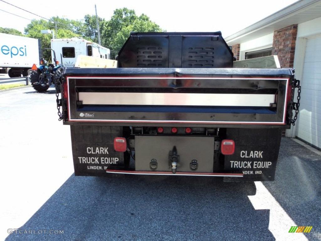 2004 C Series Kodiak C4500 Regular Cab Dump Truck - Summit White / Gray photo #8