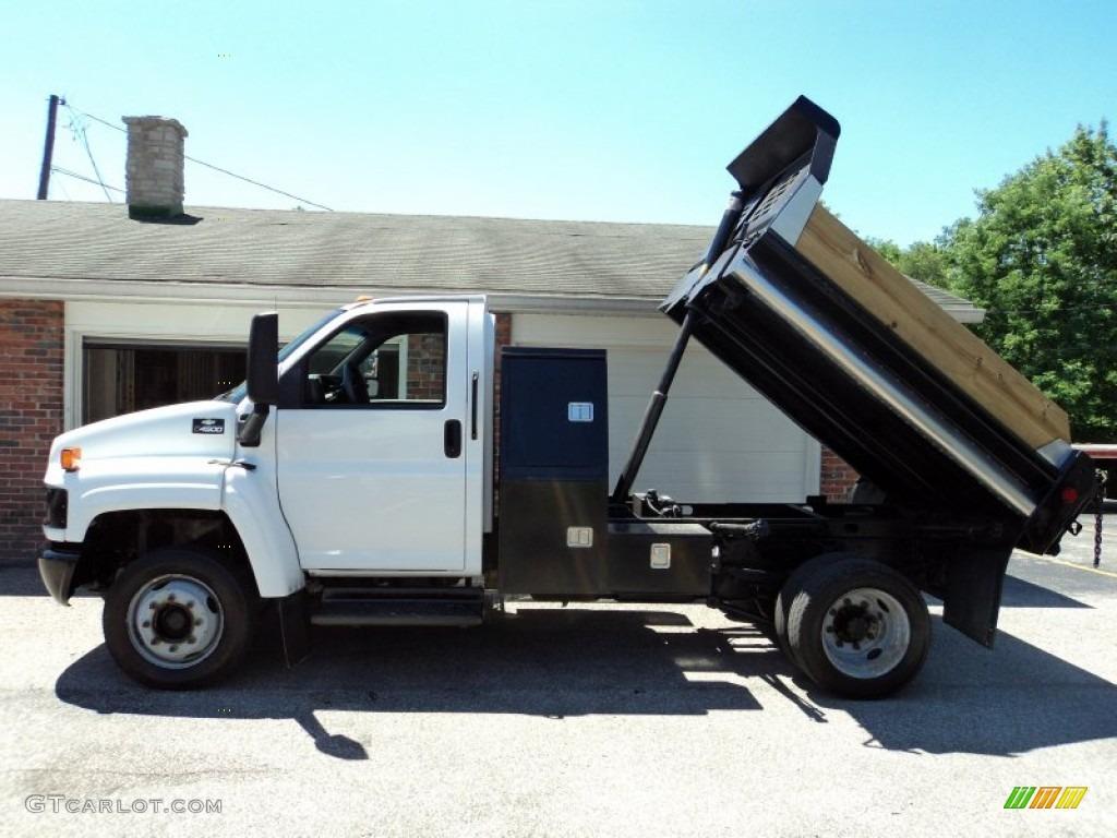 2004 C Series Kodiak C4500 Regular Cab Dump Truck - Summit White / Gray photo #22