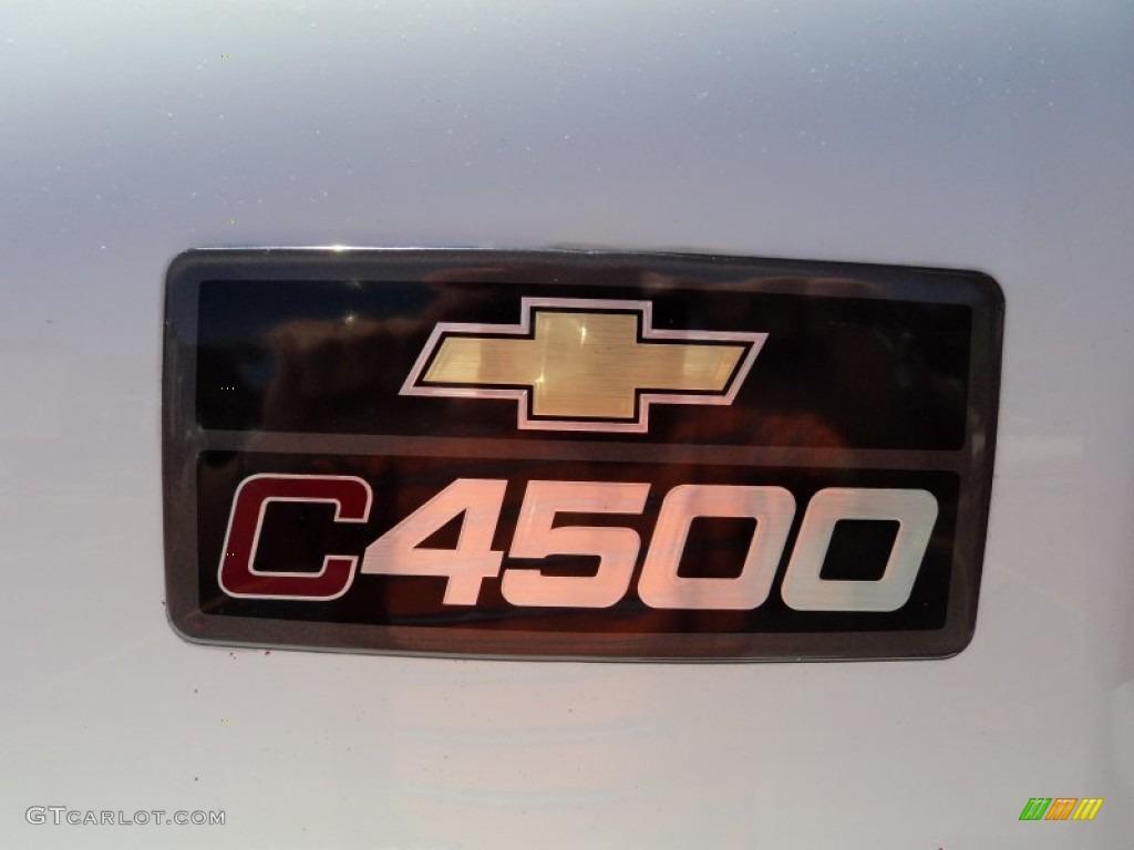 2004 C Series Kodiak C4500 Regular Cab Dump Truck - Summit White / Gray photo #25