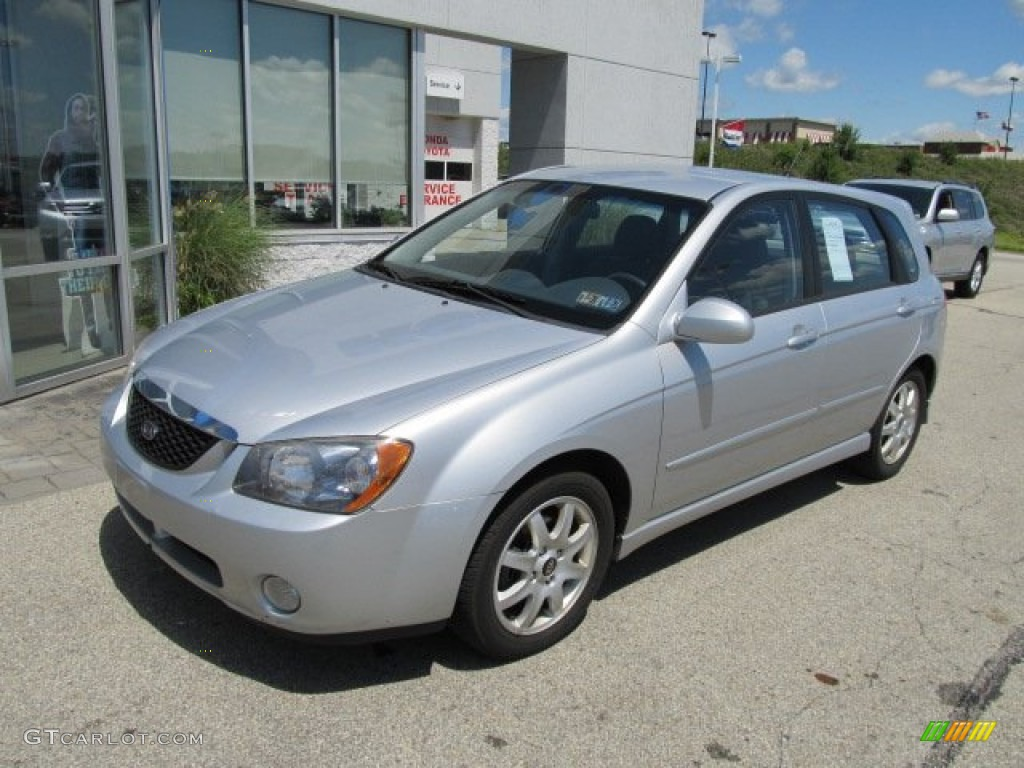 clear silver 2005 kia spectra 5 wagon exterior photo. Black Bedroom Furniture Sets. Home Design Ideas