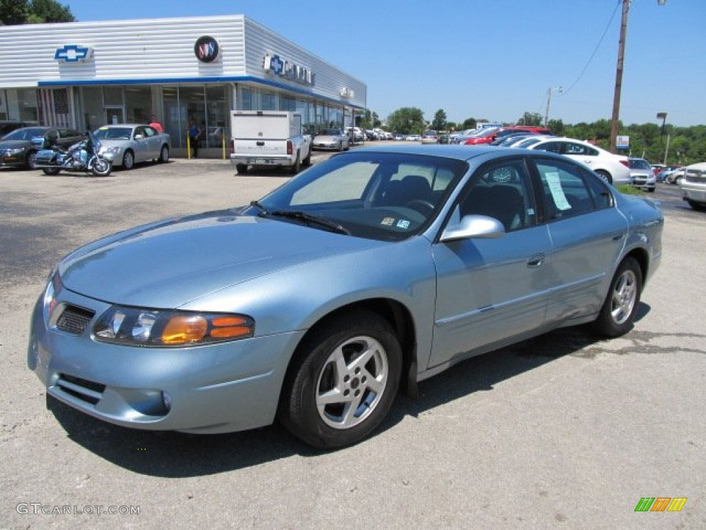 Steel blue metallic pontiac bonneville