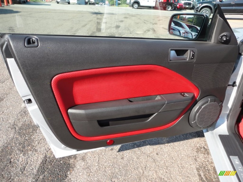 2005 Ford Mustang Gt Premium Coupe Red Leather Door Panel