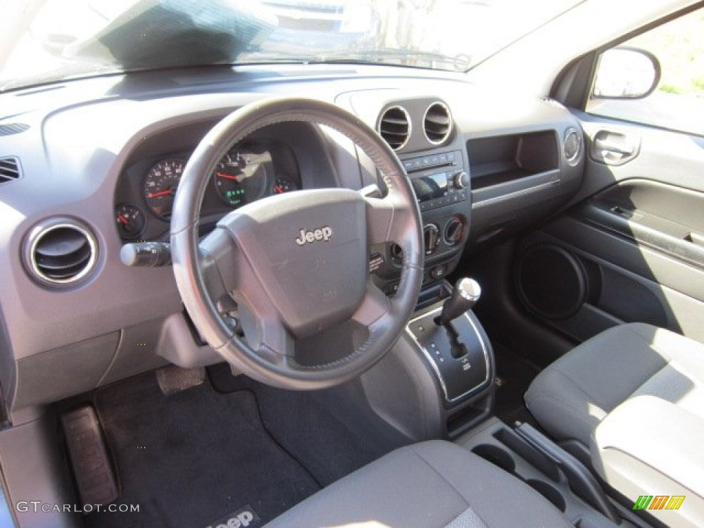 2009 jeep compass sport interior color photos. Black Bedroom Furniture Sets. Home Design Ideas