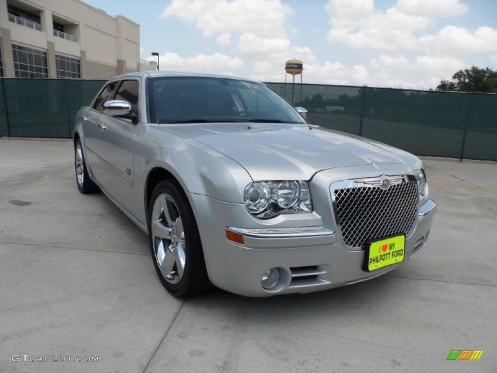 Bright Silver Metallic Chrysler 300 Touring Dub Edition