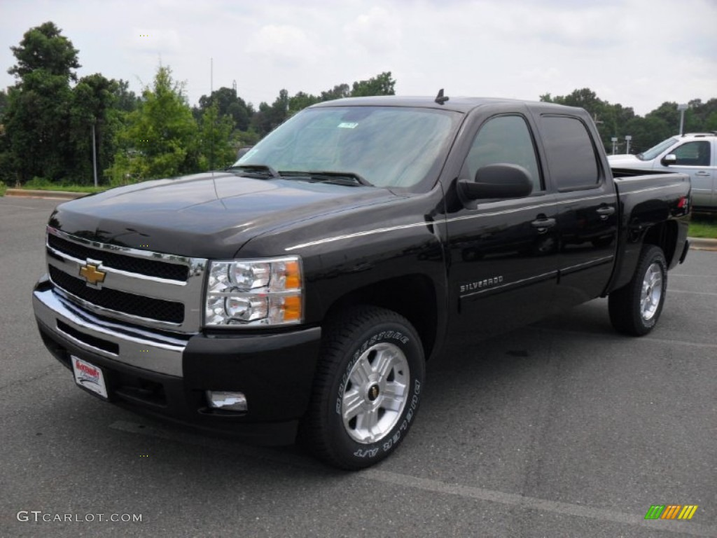 2011 Silverado 1500 LT Crew Cab 4x4 - Black / Light Cashmere/Ebony photo #1