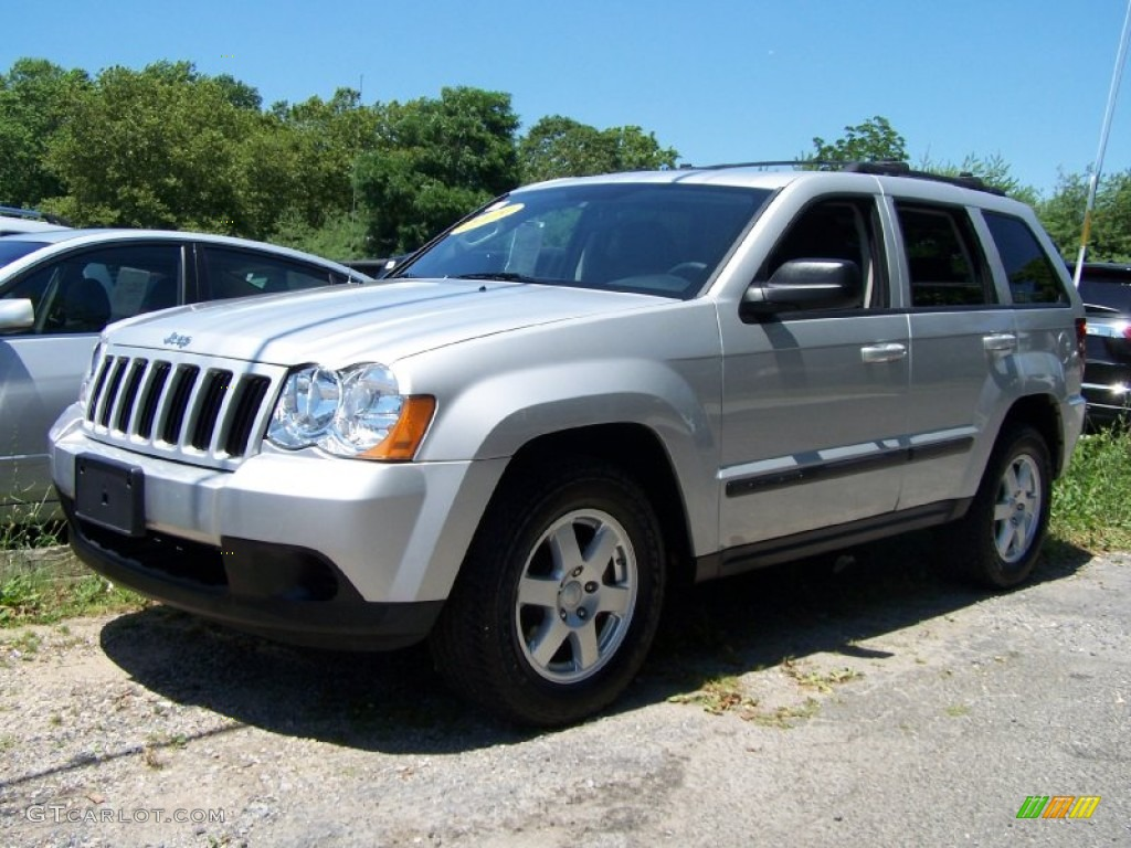 2009 light graystone pearl jeep grand cherokee laredo 4x4