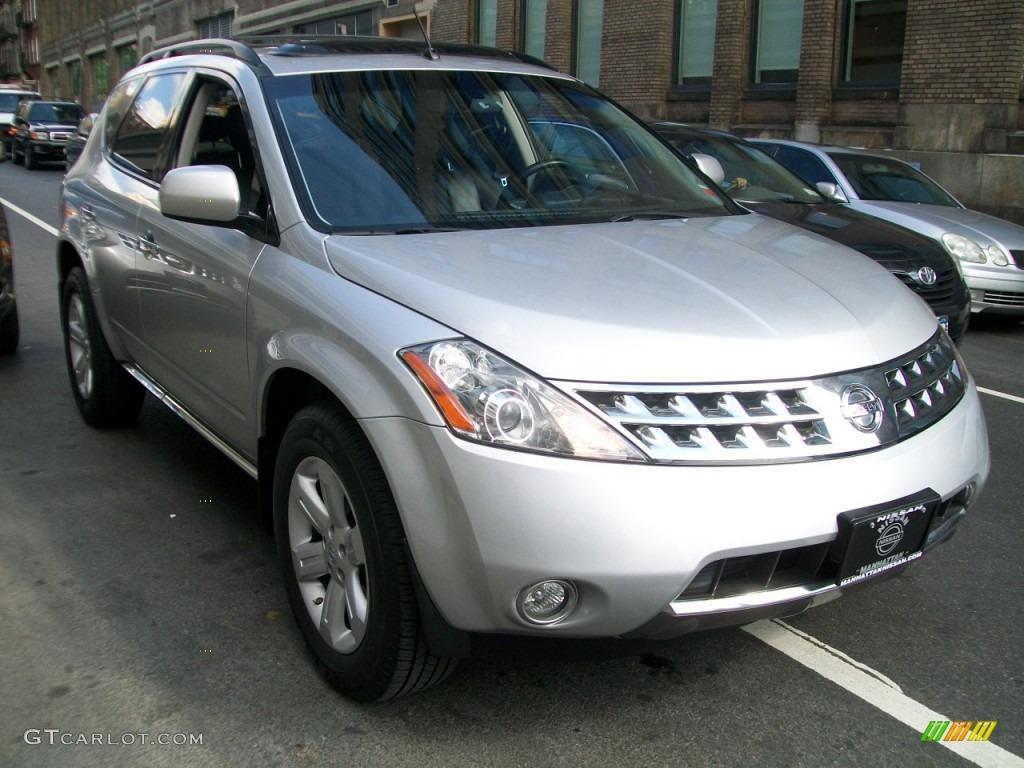 Brilliant Silver Metallic Nissan Murano
