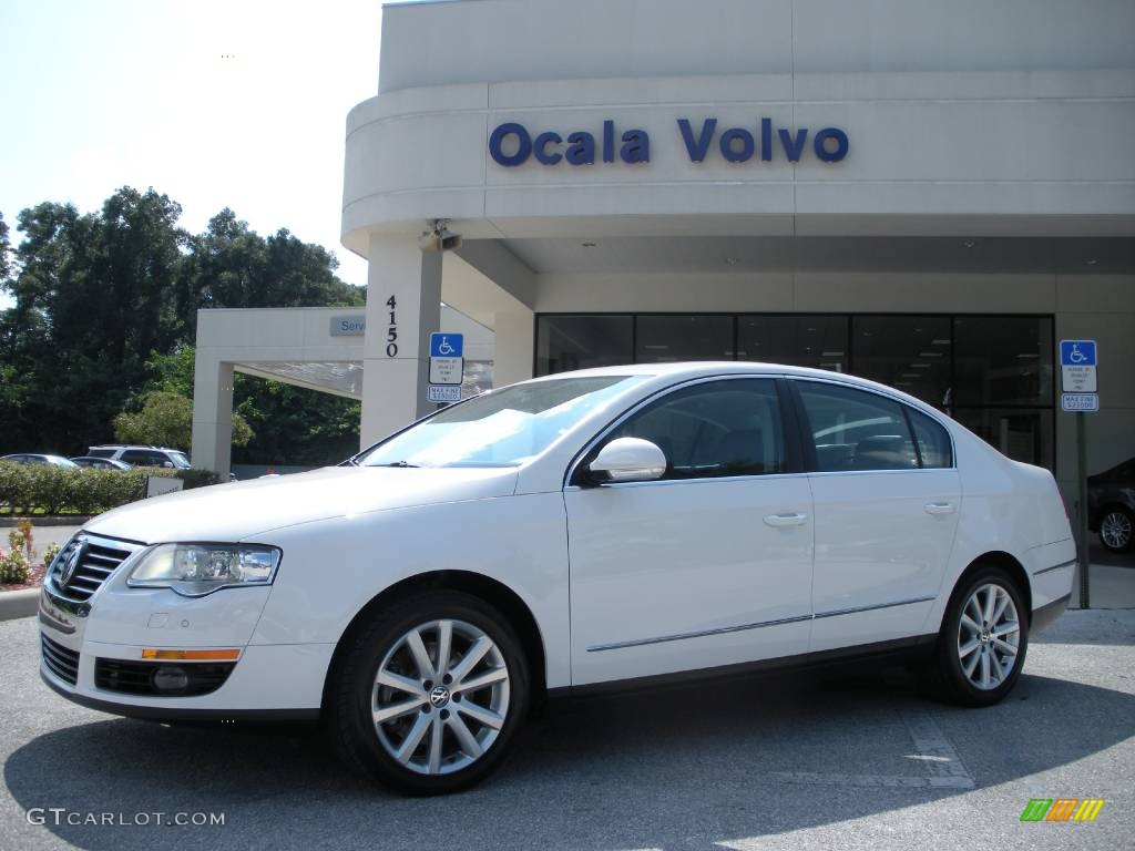 2006 candy white volkswagen passat 3 6 sedan 440800. Black Bedroom Furniture Sets. Home Design Ideas