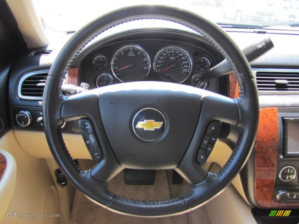 2007 chevrolet tahoe lt 4x4 light cashmere ebony steering. Black Bedroom Furniture Sets. Home Design Ideas