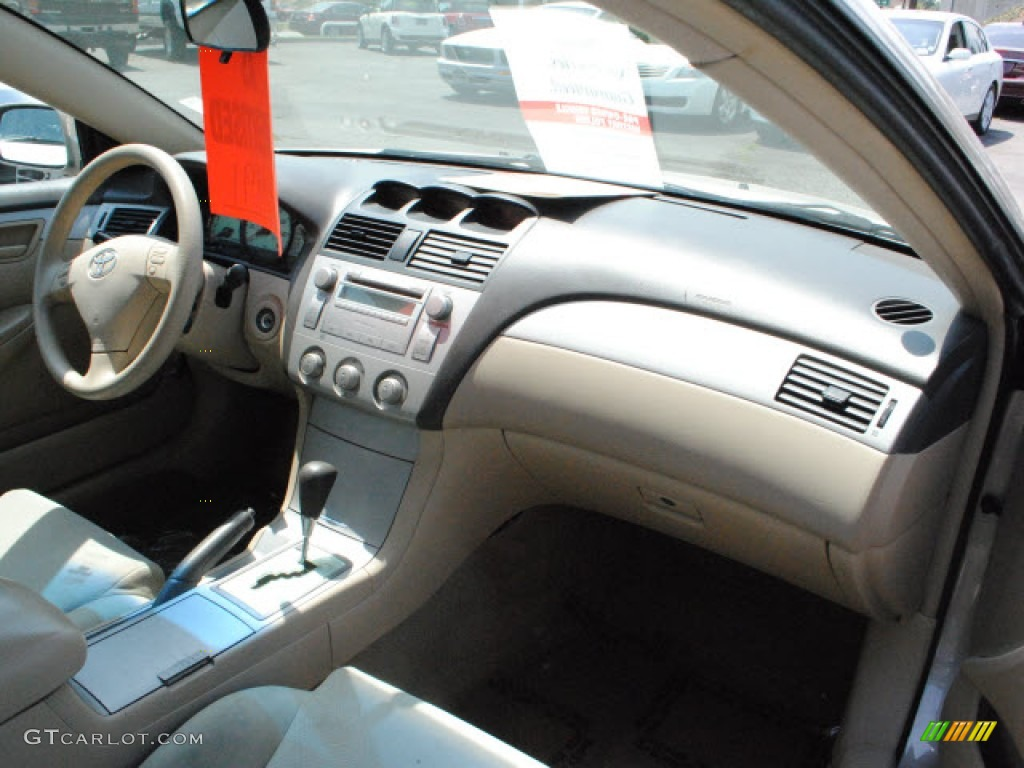 ivory interior 2005 toyota solara se coupe photo 51440922. Black Bedroom Furniture Sets. Home Design Ideas