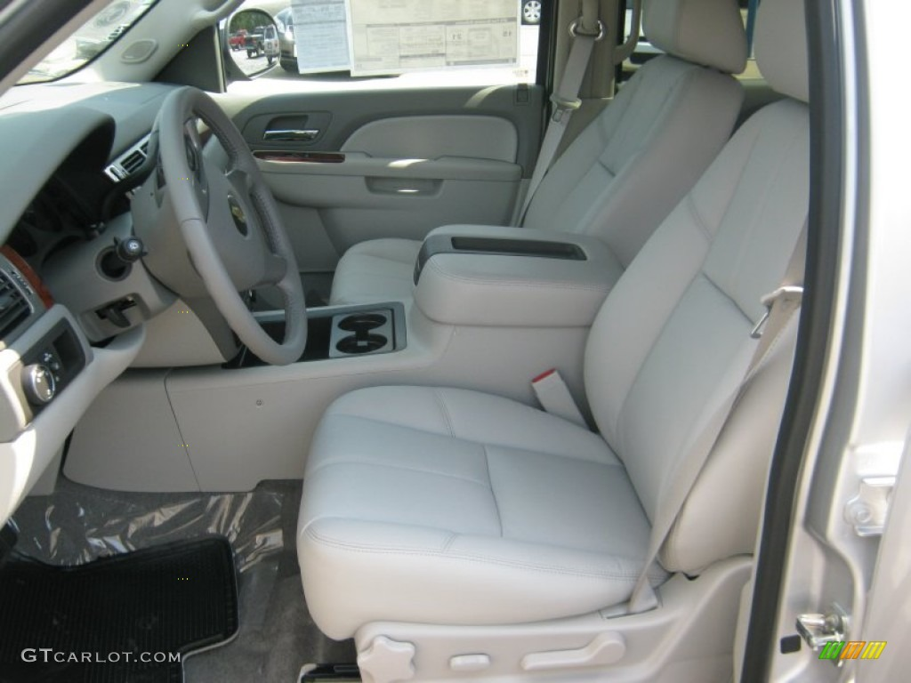 2011 Chevrolet Suburban Lt Interior Photos