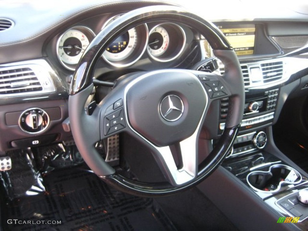 2012 mercedes benz cls 550 coupe black steering wheel for Mercedes benz steering wheel control buttons